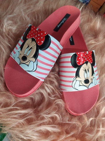 Chinelo slide Minnie e Mickey - Foto 3