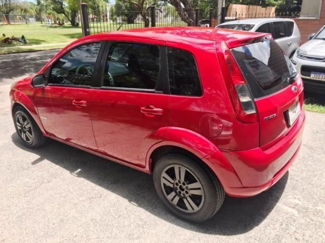 Ford Fiesta 1.0 FLEX 4P - Foto 5
