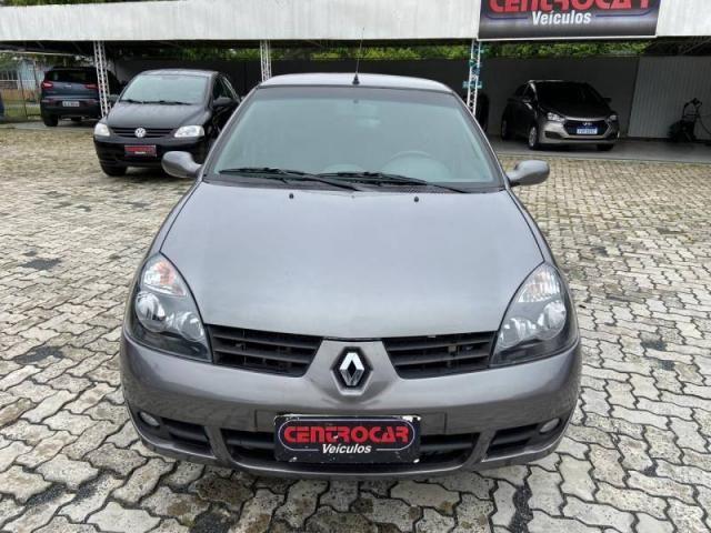 Renault Clio Privilège Hi-Flex 1.6
