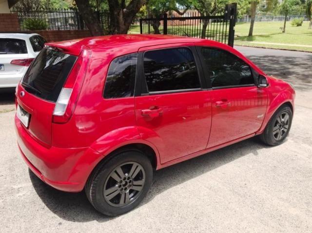 Ford Fiesta 1.0 FLEX 4P - Foto 4
