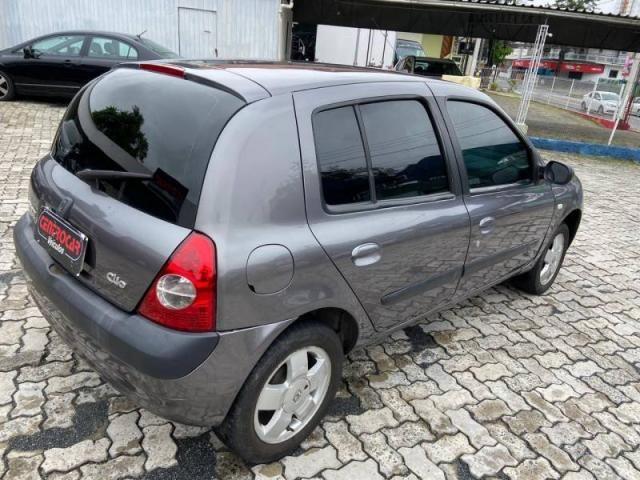 Renault Clio Privilège Hi-Flex 1.6  - Foto 3