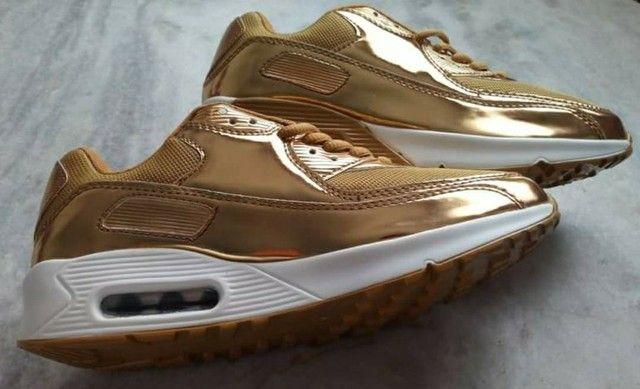 Tênis Dourado - Foto 5