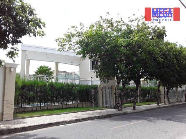 Casa com 3 dormitórios para alugar, 160 m² por R$ 3.200,00/mês - Urucunema - Eusébio/CE