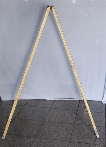 cavalete de madeira (dobrável)  - Foto 2