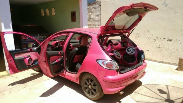 Vendo um Peugeot 206 completo. interessados chamar no watts 99 98164-9104