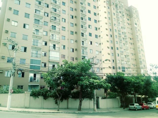Residencial Moxuara: Ap 02 quartos, Suíte. Varanda