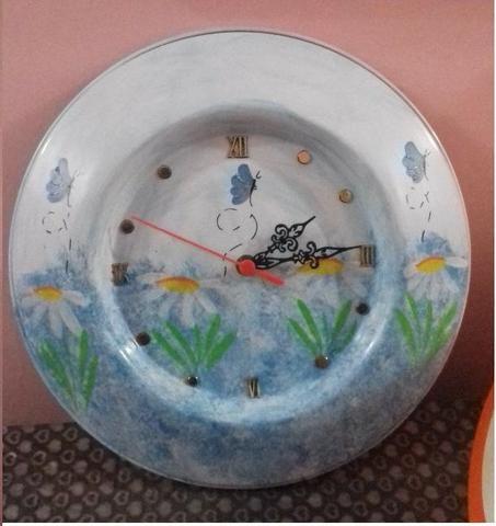 ddaf207c155 Relógio de parede pintado à mão - Objetos de decoração - Centro ...
