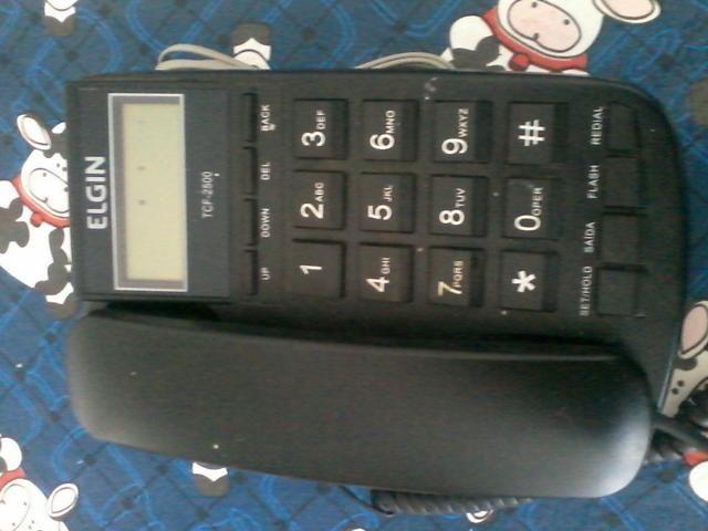 Telefone da marca Elgin com bina