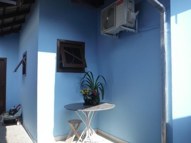 Casa 03 Quartos Climatizada_ Meia Praia_ 05 vagas garagem - Foto 3