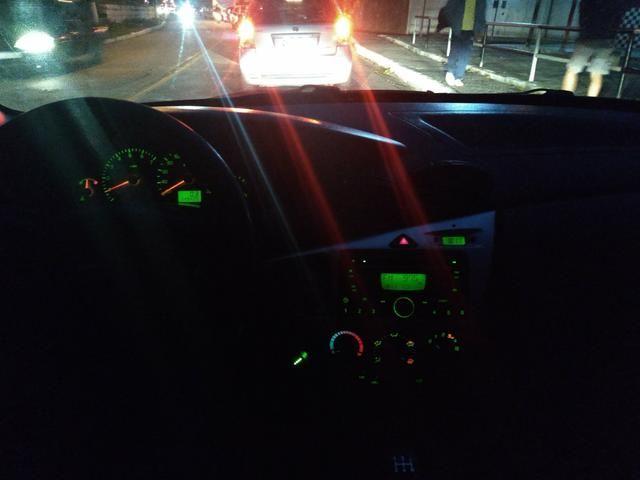 Ford Focus Sedan GLX - Foto 12