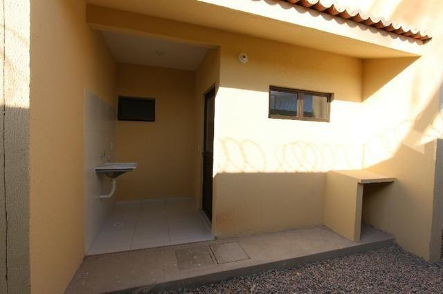 Duplex em condomínio no Passaré, 2 quartos, 2 suítes, ampla vaga de garagem - Foto 5