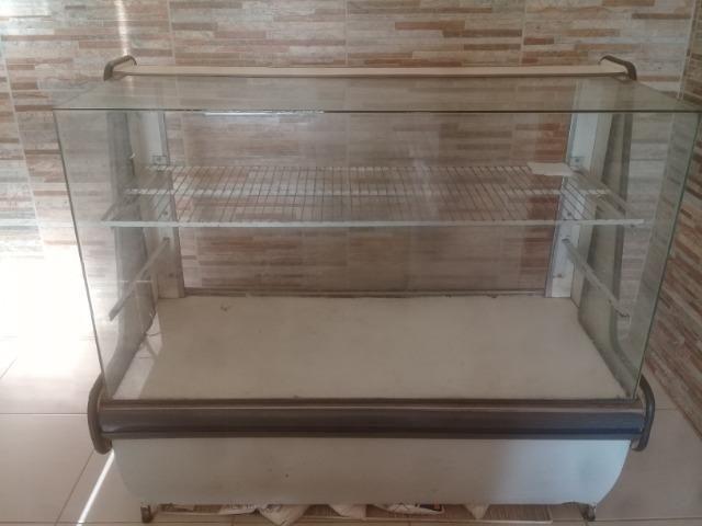Maquinário de padaria e balcões
