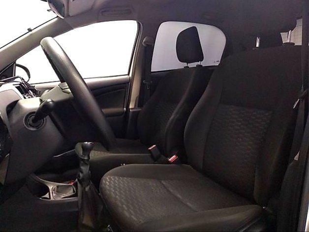 Toyota Etios HATCH 1.3 2015/ 2015 >Aceita troca menor valor - Foto 10