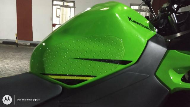 Adesivos Protetores lateral tanque moto - Foto 11