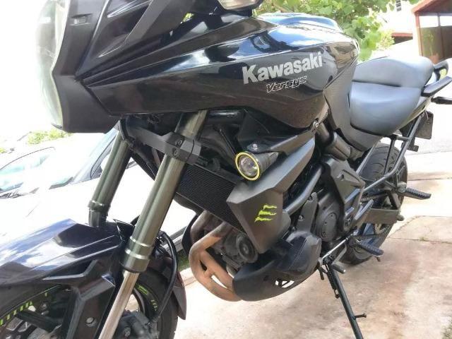 Kawasaki Versys 650 - 2012 - Muito Conservada - Foto 2