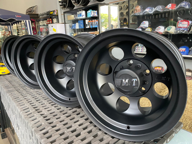 Rodas Mickey Thompson ?15x10 5x139 - Foto 13