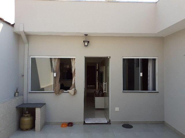 Casa com 2 quartos e 1 suite, area gourmet, excelente localização - Foto 16