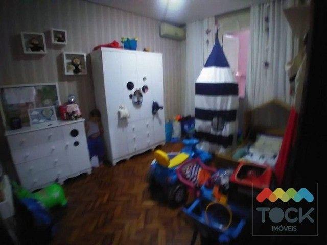 Alugo apartamento com três quartos, sendo um suíte, 150 m² - Barra - Salvador/BA - Foto 10
