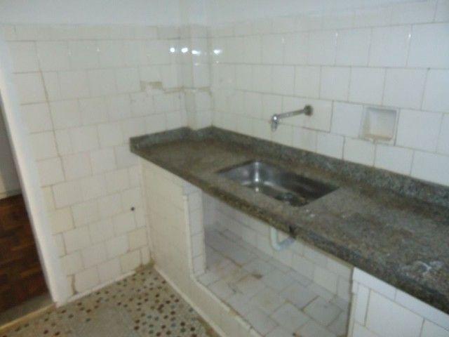 Apartamento com 2 dormitórios para alugar, 85 m² por R$ 1.000,00/mês - Centro - Niterói/RJ - Foto 16