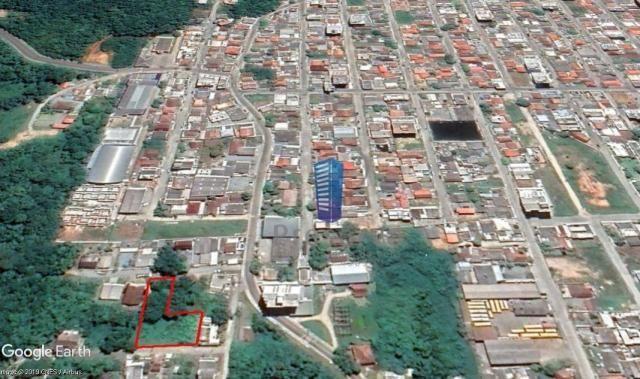 Lote com 375m² no bairro Morretes em Itapema/SC