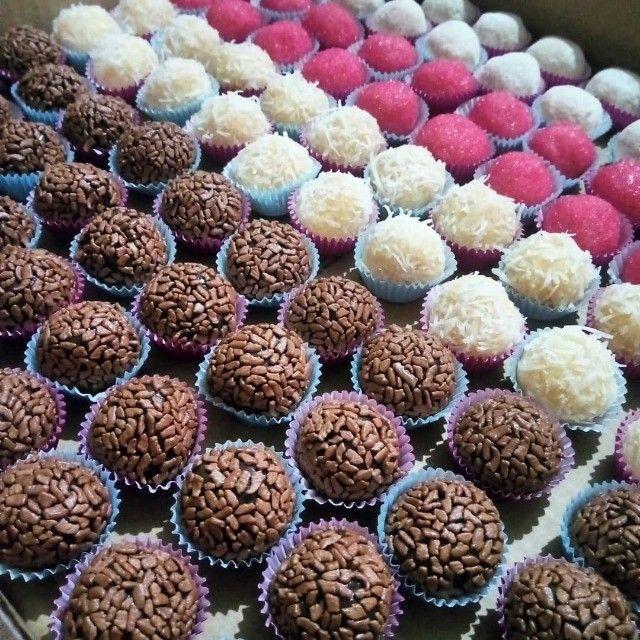 Promoções de bolos, salgados e doces venham conferir e já peça o seu. - Foto 2