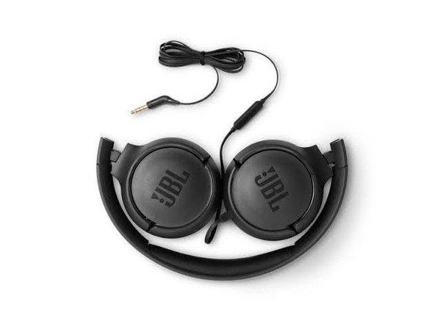 Fone JBl T500 com fio, entrada P2 ótimo pra jogos, filmes e séries. - Foto 2