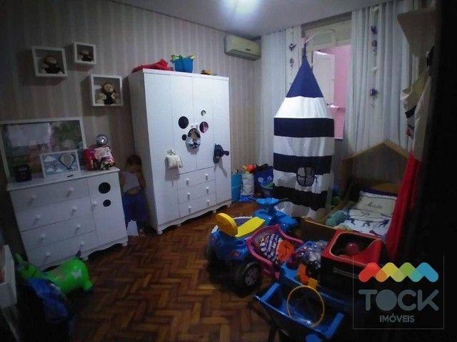 Alugo apartamento com três quartos, sendo um suíte, 150 m² - Barra - Salvador/BA - Foto 11