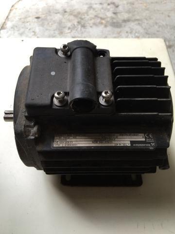 Motor de ventilação trifásico - R$ 80,00