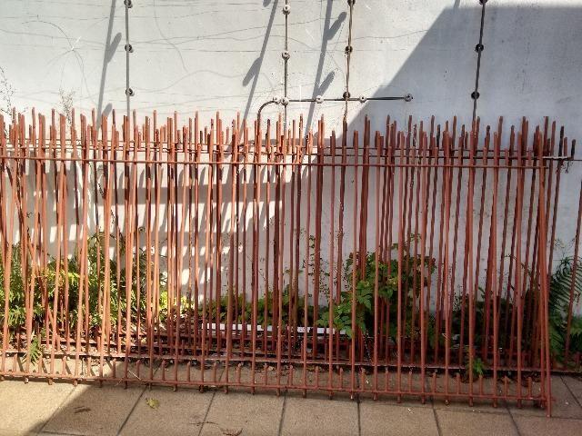 Grade de ferro para colocar em cima do muro