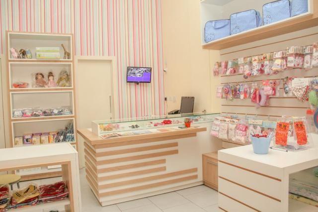 Loja de roupas Infantil - Comércio e indústria - Santa Felicidade ... 4143f014ace