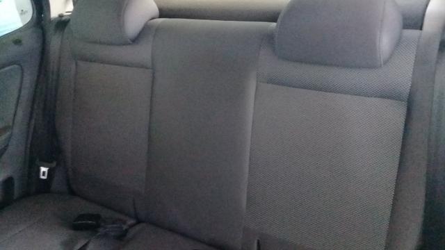Fox Gll Trend 2012 Preto 1.6 completo 4 portas pouco rodado todos opcionais de fábrica.! - Foto 10