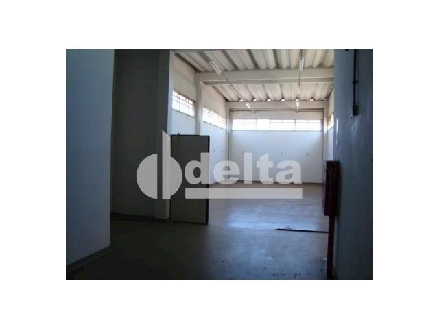 Galpão/depósito/armazém para alugar em Santa mônica, Uberlândia cod:532515 - Foto 9