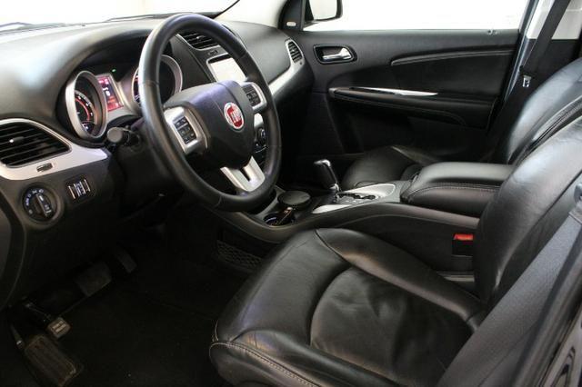 Fiat Freemont 2.4 Automática - 7 Lugares - Foto 4