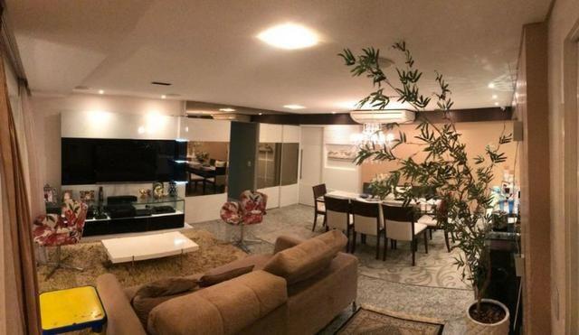 Excelente apartamento de 3 suítes - Meireles