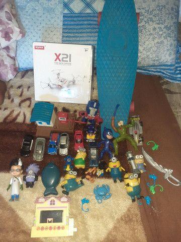 Lote de brinquedos  com 32 itens  - Foto 4