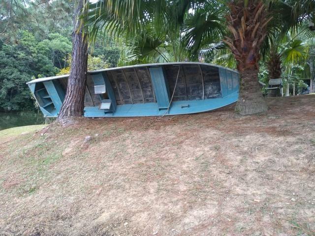 Barco , de cinco metros e 70 setenta , com viveiro - Foto 2