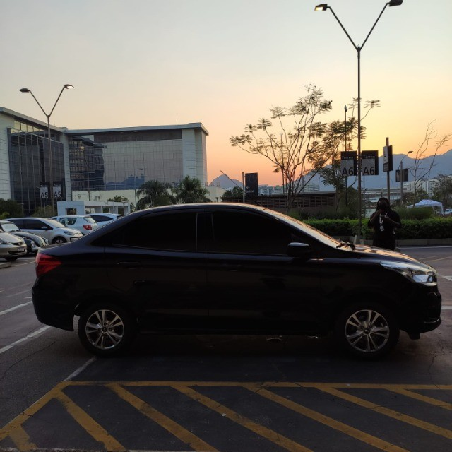 Ka Sedan 1,5 SE 2018 baixa km Entr+Parc R$799,22 - Foto 6