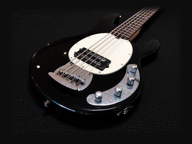 Baixo Tagima TBM5 muito bom. Cordas novas, regulado por luthier e garantia 30 dias. - Foto 2