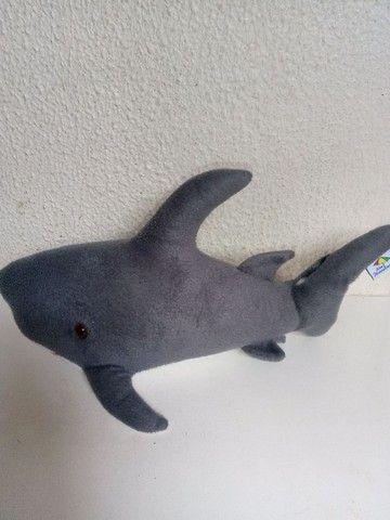 Golfinho Pelúcia 30 cm - Foto 2