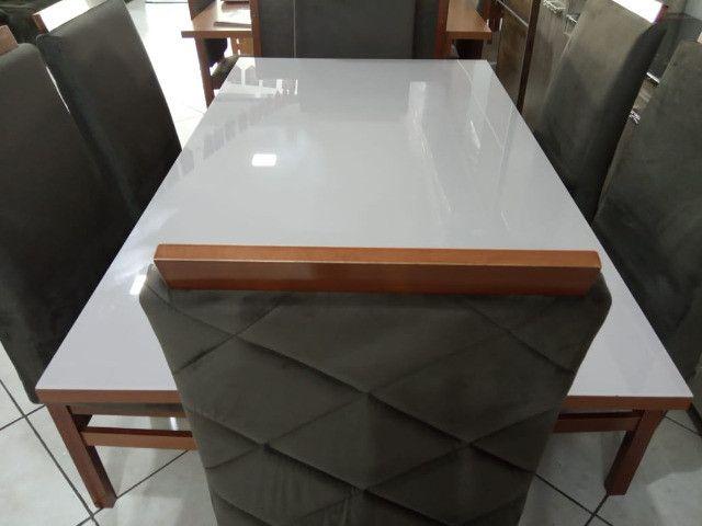 Mesa de vidro com 6 cadeiras Peça unica - Foto 3