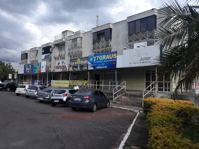 Dier Ribeiro vende: AP 2 Dormitórios na Quadra-2. Próximo ao Mcdonalds