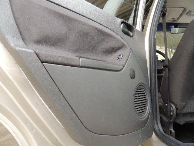 Ford Fiesta 1.6 2006  - Foto 12