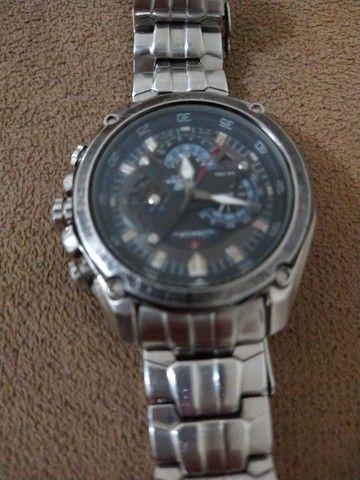 Vendo um relógio marca Edíficio Casio - Foto 3