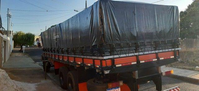 Vendo ou troco boiadeiro ou caçamba truck - Foto 2