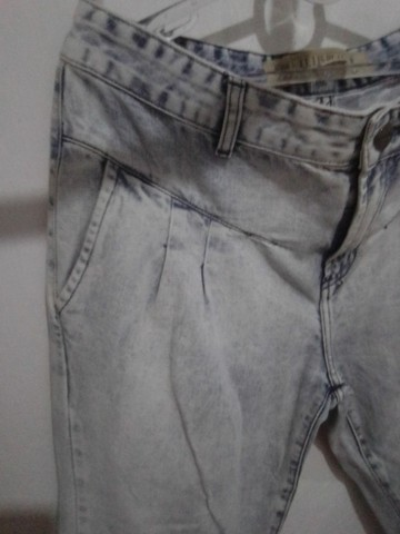 Calça Jeans 42 da Le lis blanck Semi nova R$ 69.00 - Foto 4