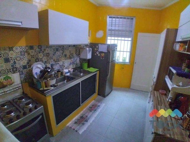 Alugo apartamento com três quartos, sendo um suíte, 150 m² - Barra - Salvador/BA - Foto 15