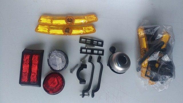 Kit de refletores e Campainha para bicicleta. - Foto 4