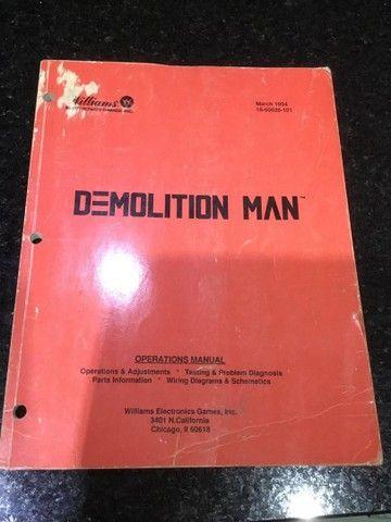 Pinball demolition man manual