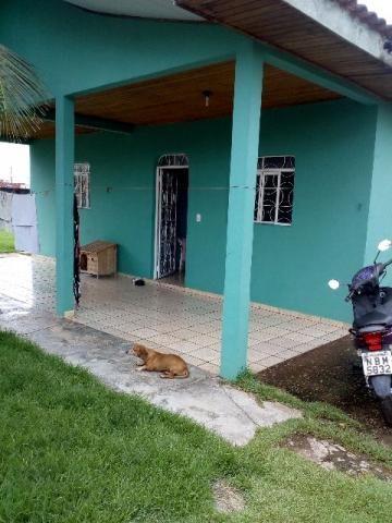 Casa, bairro centro,2 quartos e 1 banheiro uma sala e uma cozinha