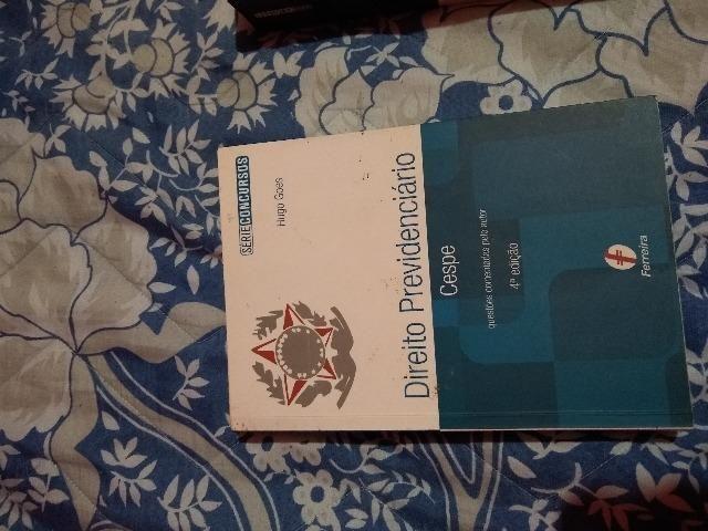Livro Simulaço para o inss direito previdenciario com 260 questões comentadas